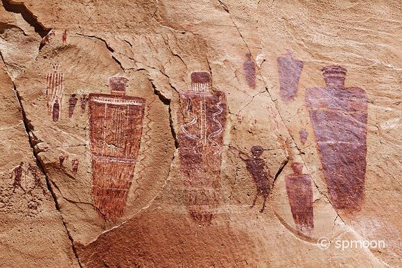 Great Gallery Pictoraphs at Horseshoe Canyon, Canyonlands National Park, UT.
